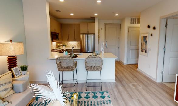 Alta River Oaks Apartments
